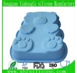 Bear shaped silicone cake pan